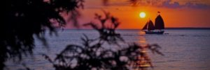 sunset-beach-sailing-photo_jpg_737x248_default